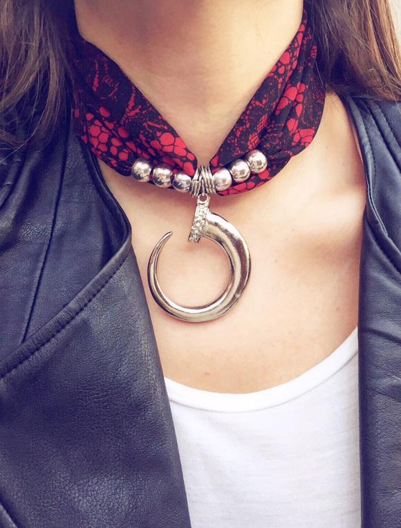 Collar Pañuelo Negro - Rojo